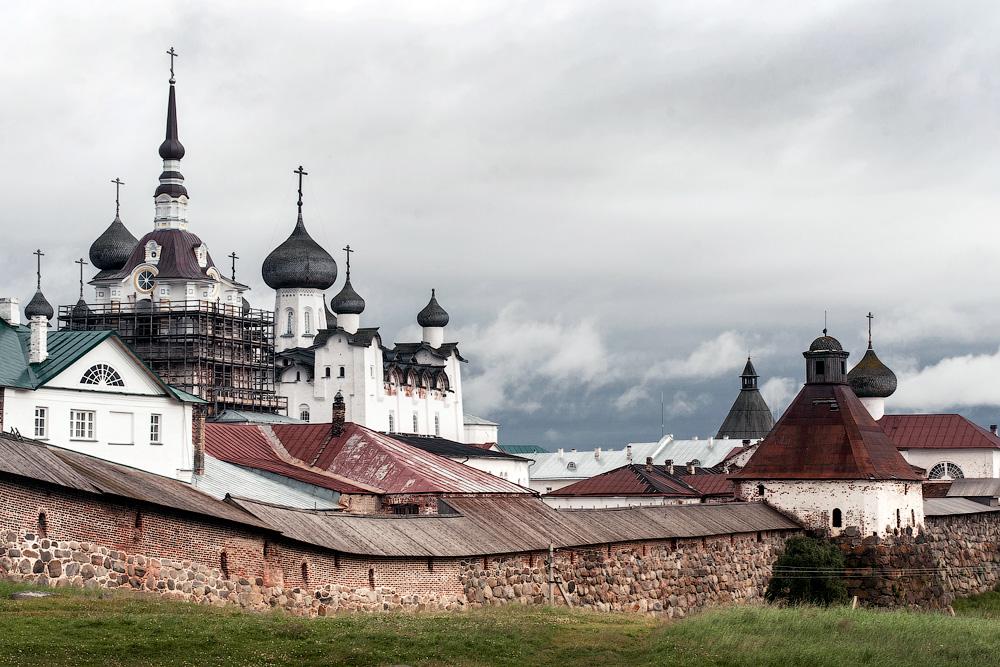 Монастыри, острова и дороги архипелага Соловецкого