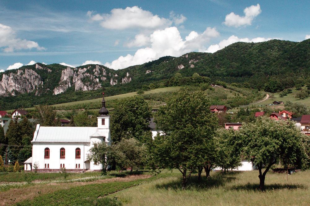 Неизвестная Словакия. Деревня Сулов: замки и скалы, просторы и леса